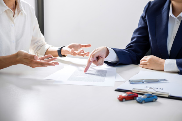 Contrats commerciaux : ceux qui doivent être écrits et qui peuvent être oraux