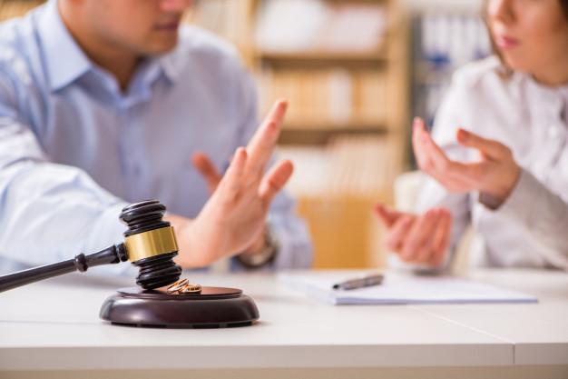Les problèmes qu'implique un divorce dans une succession
